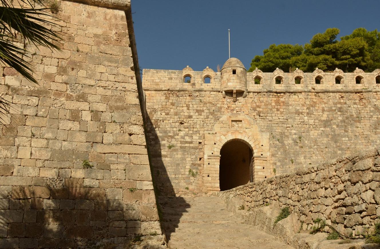 Главные ворота крепости