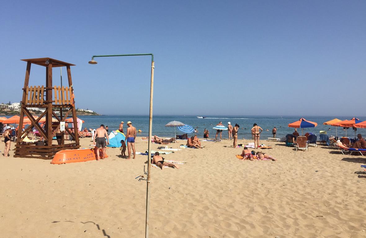 Душ на пляже Stalis