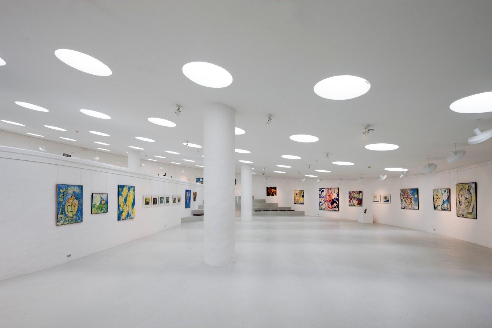 Картины в музее Карла Хеннинга Педерсена и Эльзы Альфельт