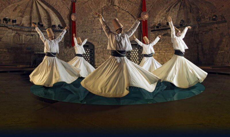 Турецкий танец в национальных костюмах