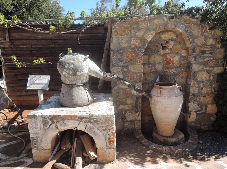 На Критской ферме