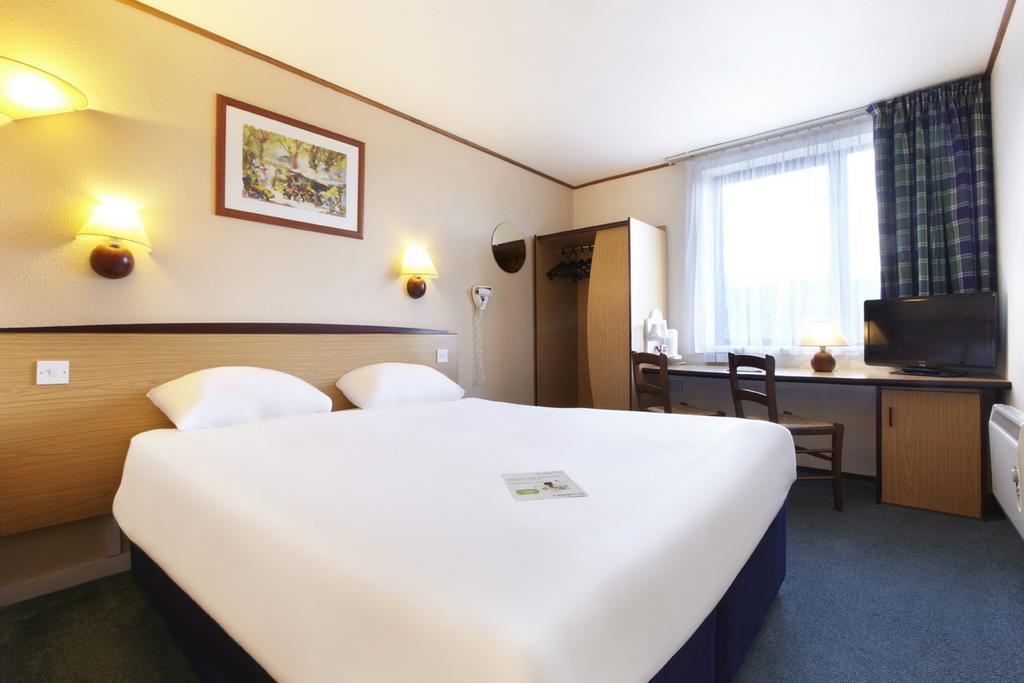 Номер в отеле Campanile Hotel & Restaurant Delft