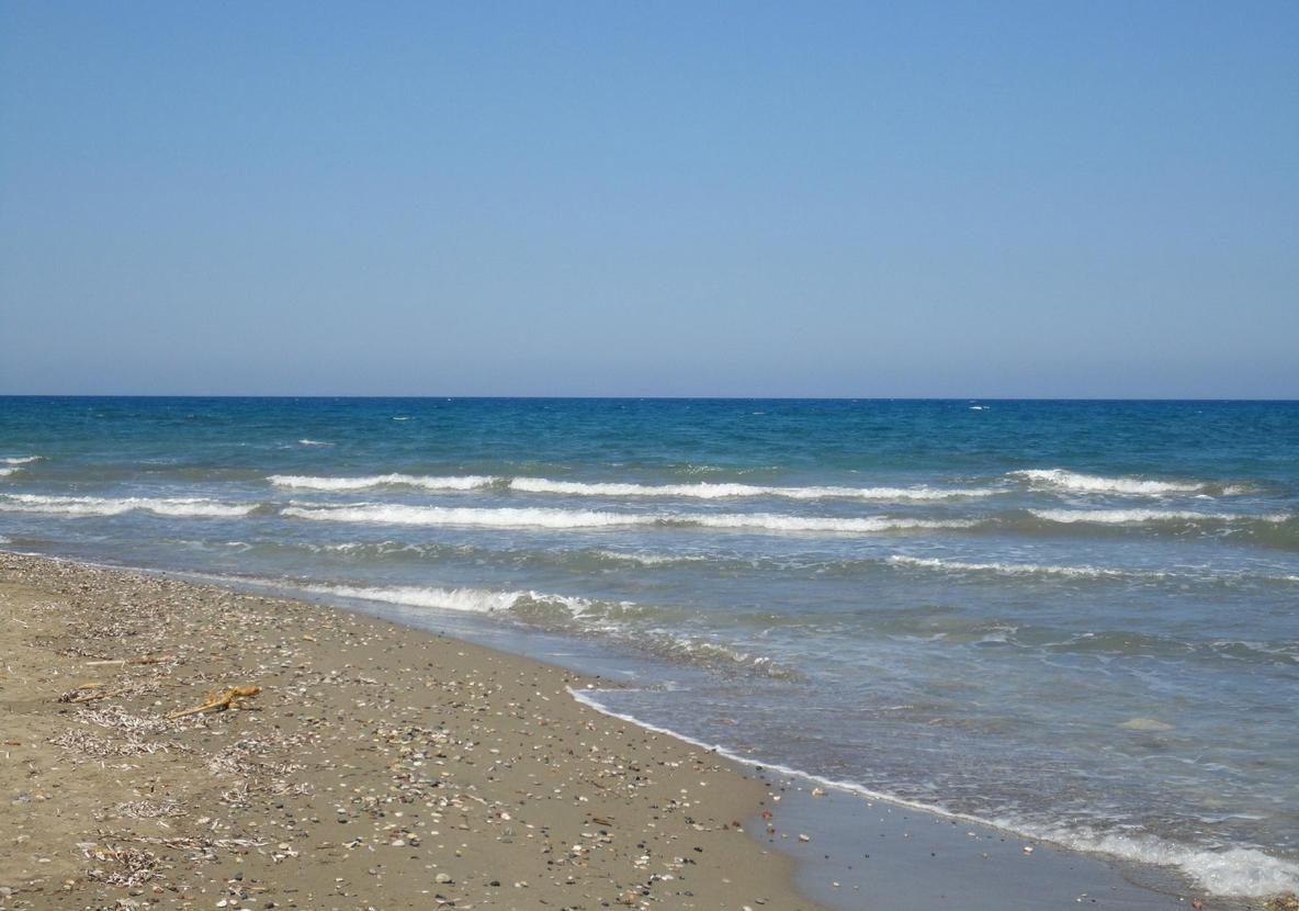 Пляж Калаварда, Родос