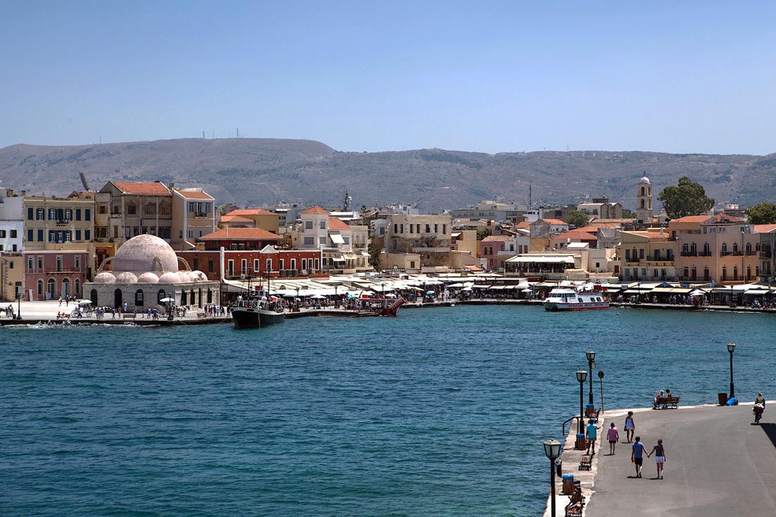 Старый венецианский порт и набережная