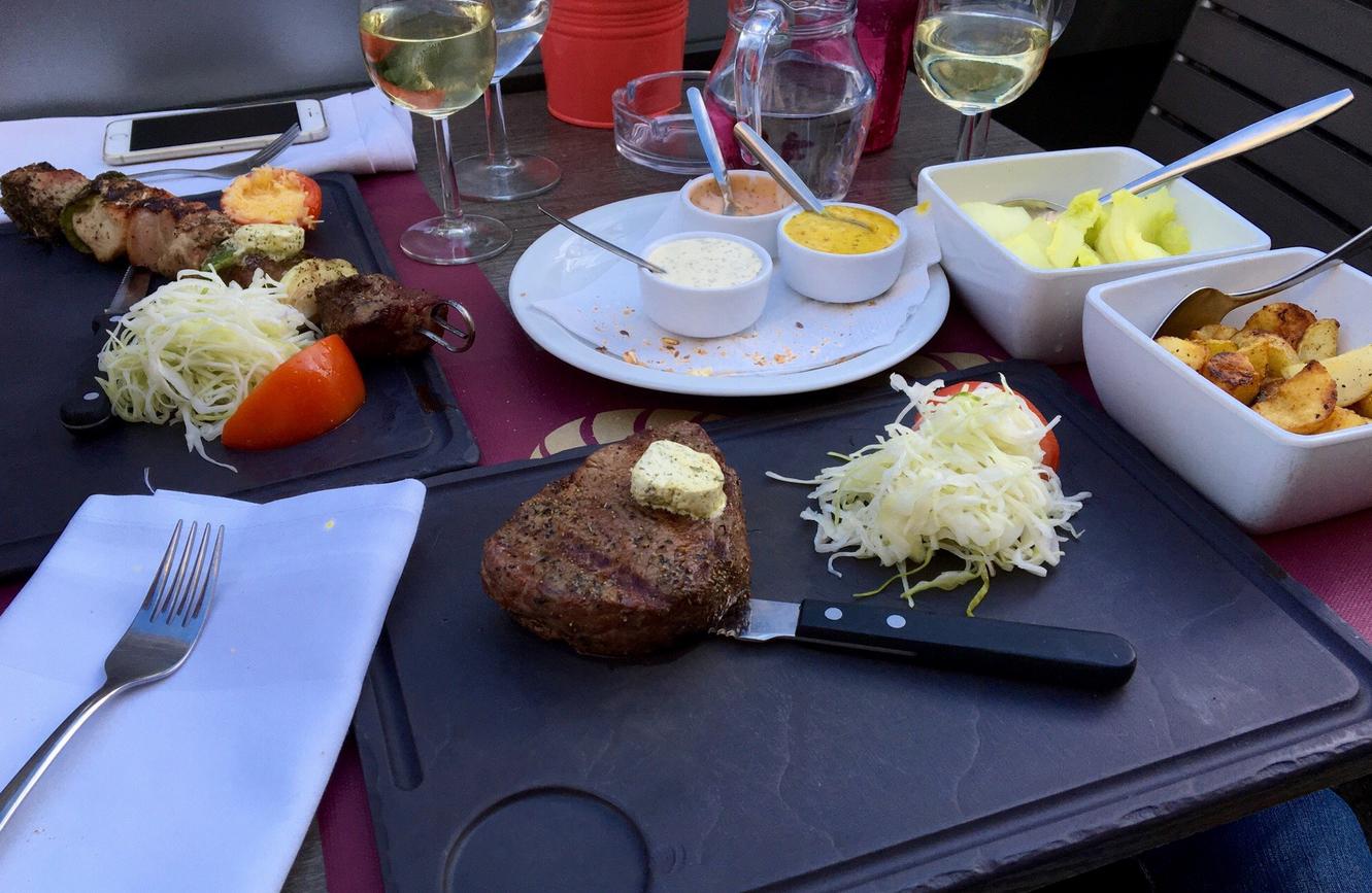 Ужин в ресторане Неймегена