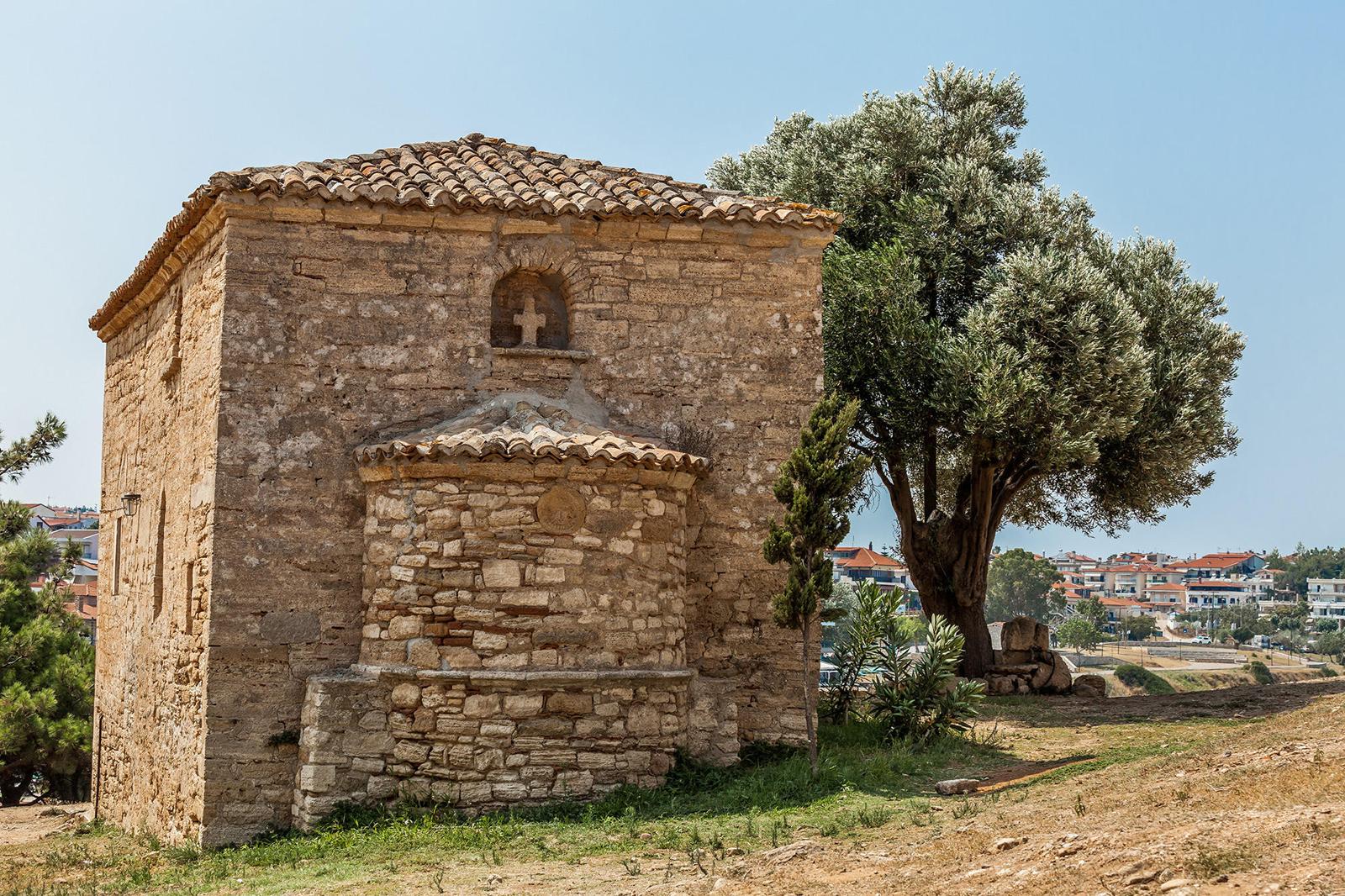 Церковь 12 Апостолов, Неа Фокеа