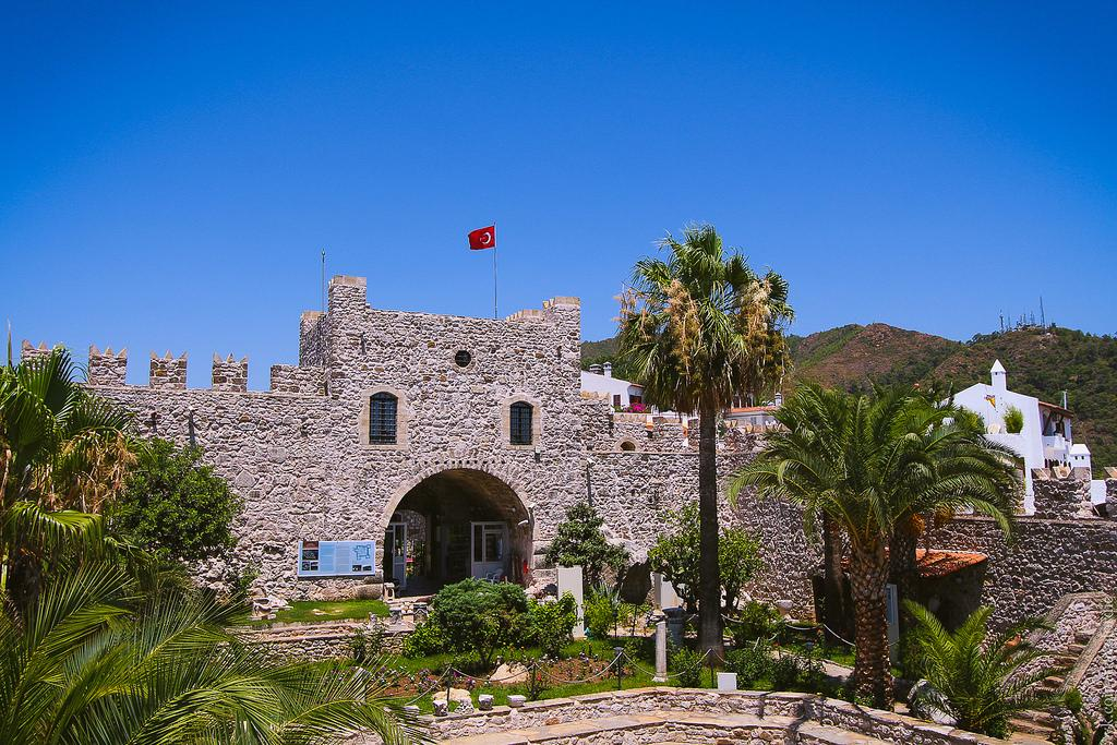 Крепость Мармара Калеси