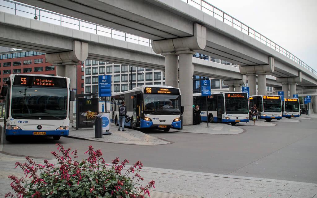 Автобус от станции Sloterdijk