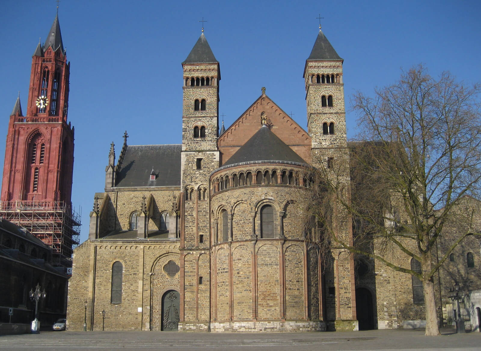 Базилика Святого Серватия