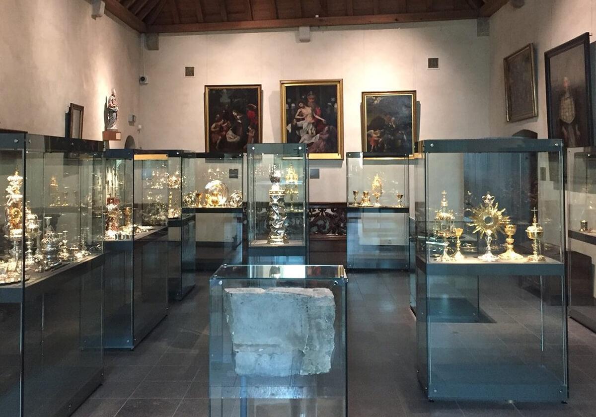 Экспонат в Базилике Святого Серватия