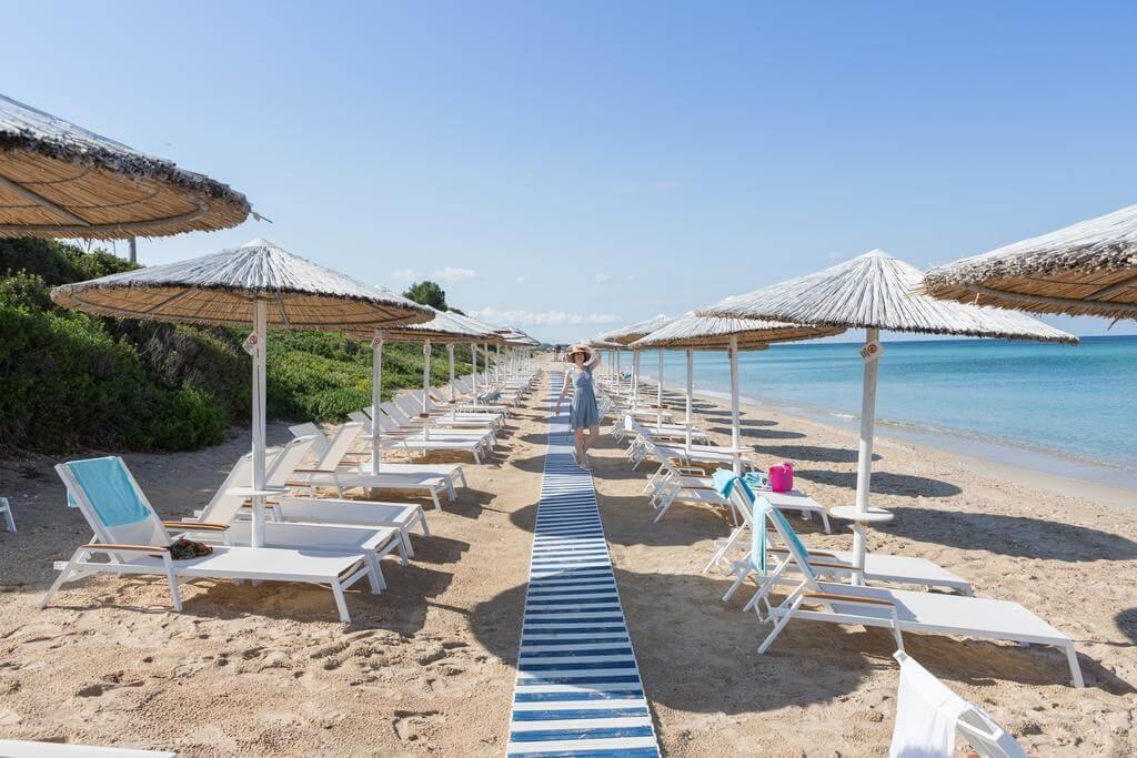 Пляж при отеле Pomegranate Spa Hotel