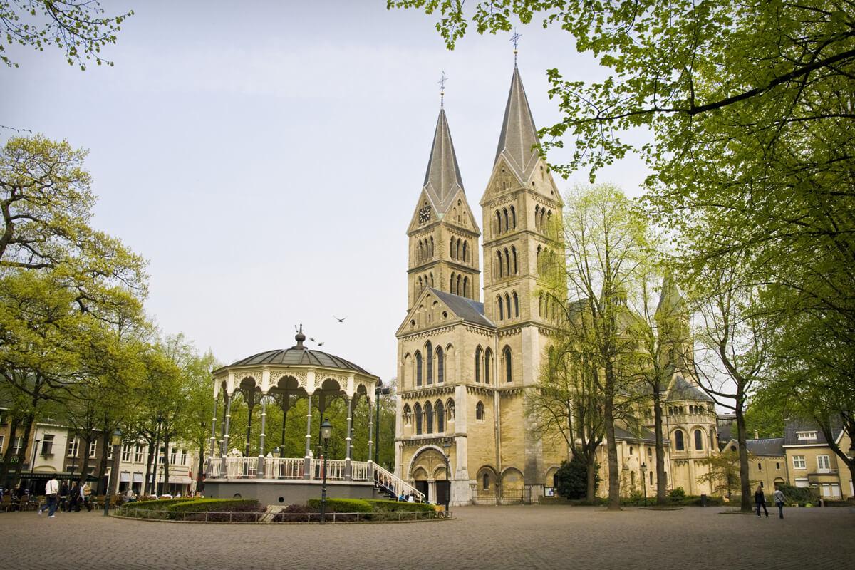 Церковь Munsterkerk