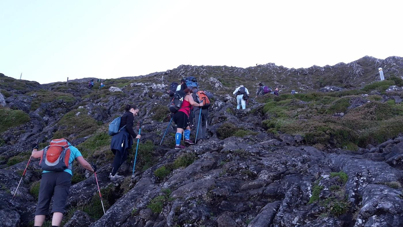 Восхождение на кору Montanha do Pico