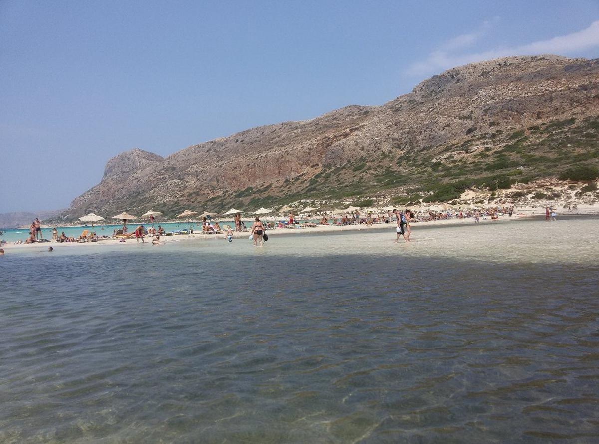 Пляж в лагуне Балос