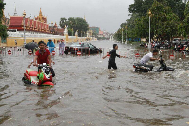 Фото: наводнение в Пномпене