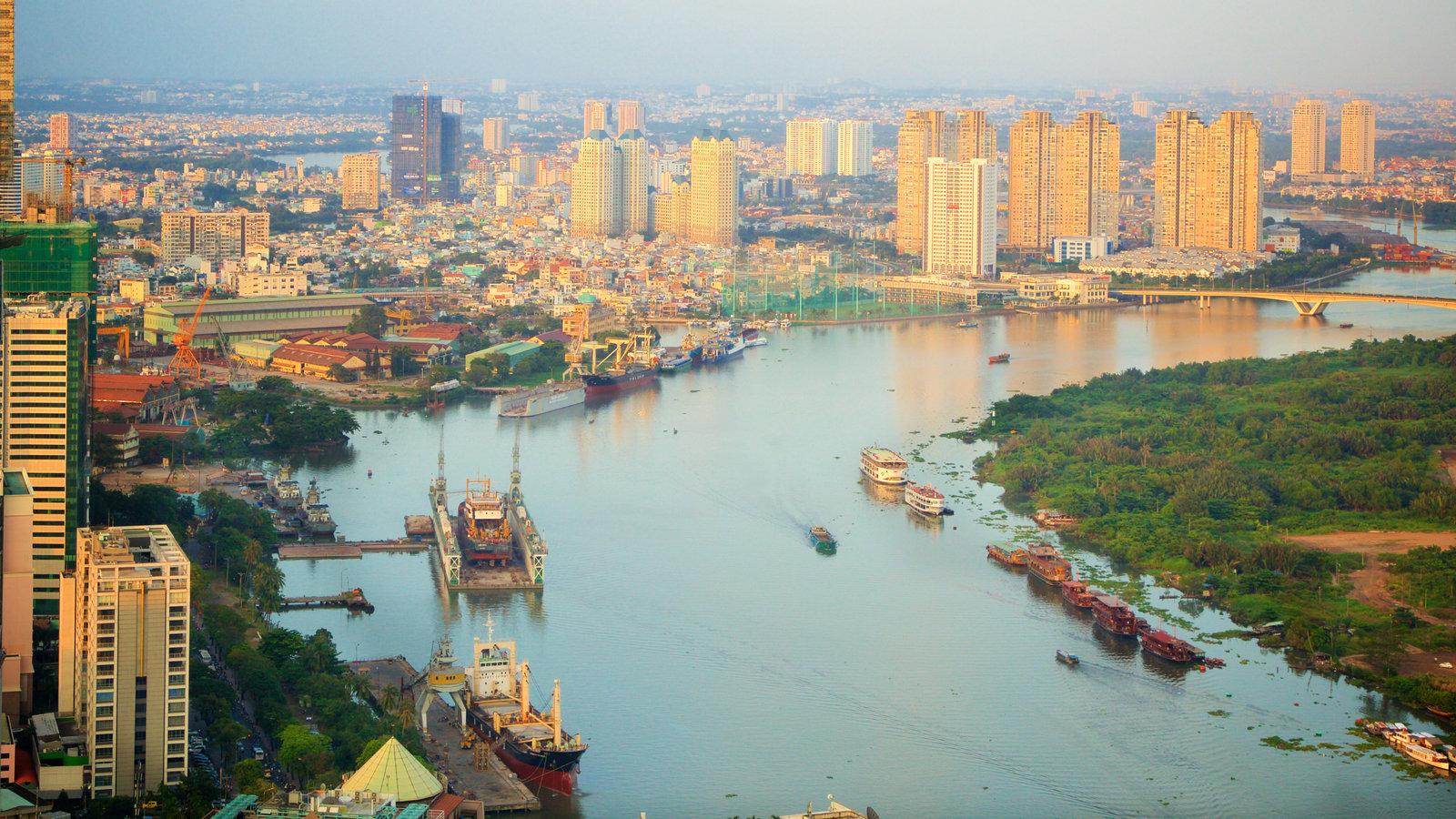 Река Сайгон в городе Хошимин