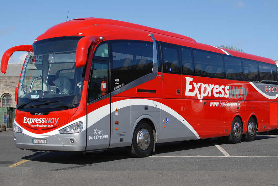 Автобус Expressway
