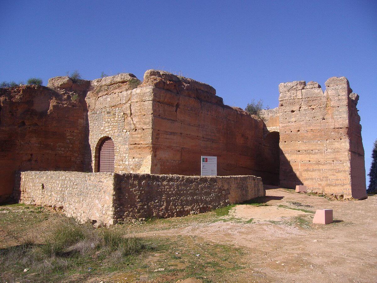 Крепость Падерне