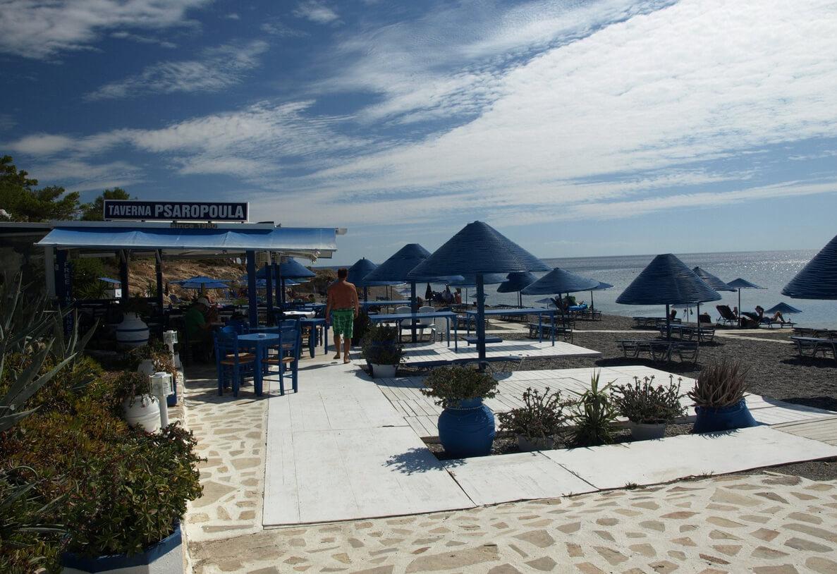 Таверна на пляже Кутсунари