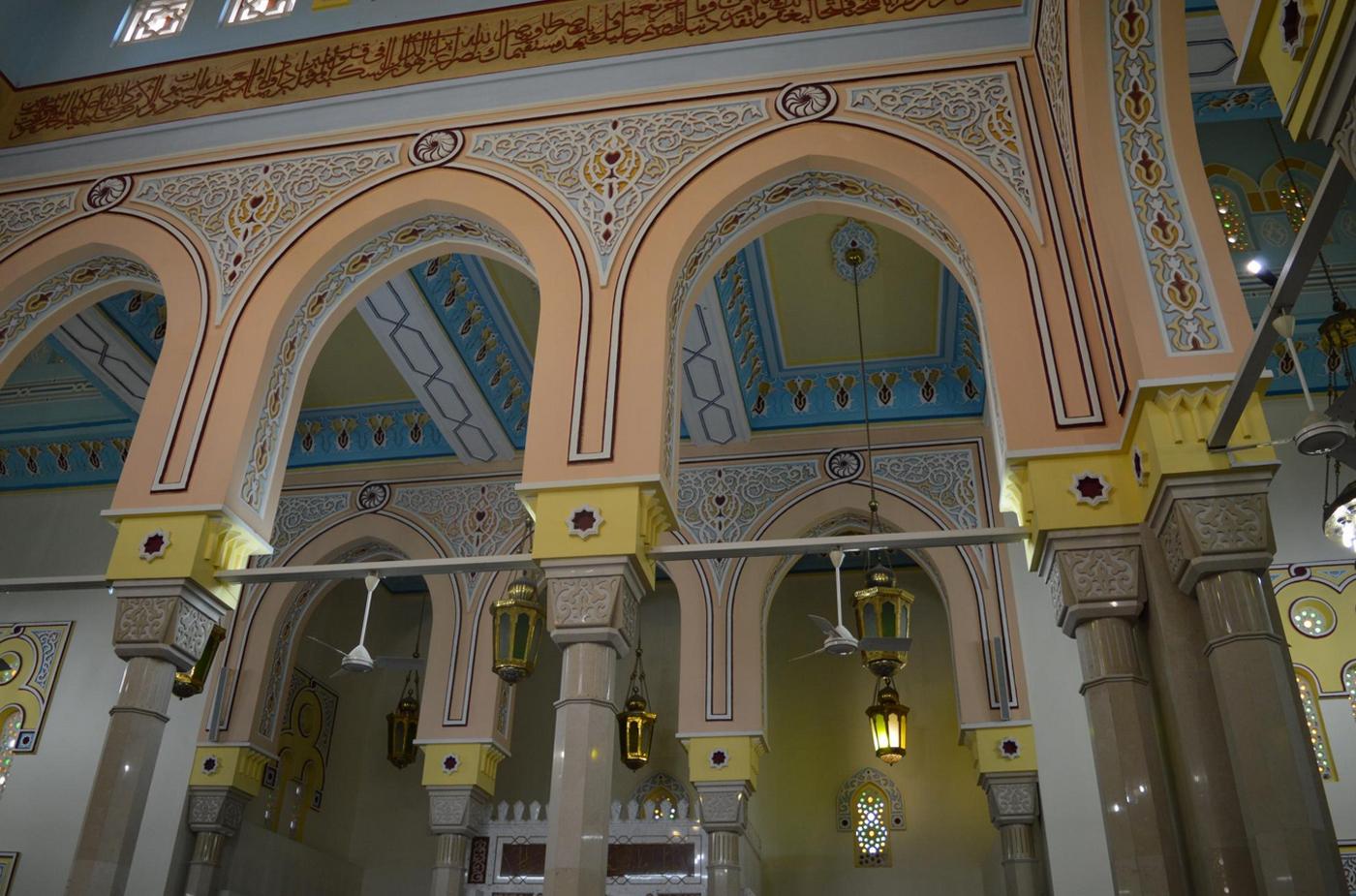 Интерьер мечети Джумейра