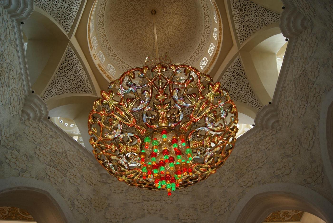 Люстра в мечети