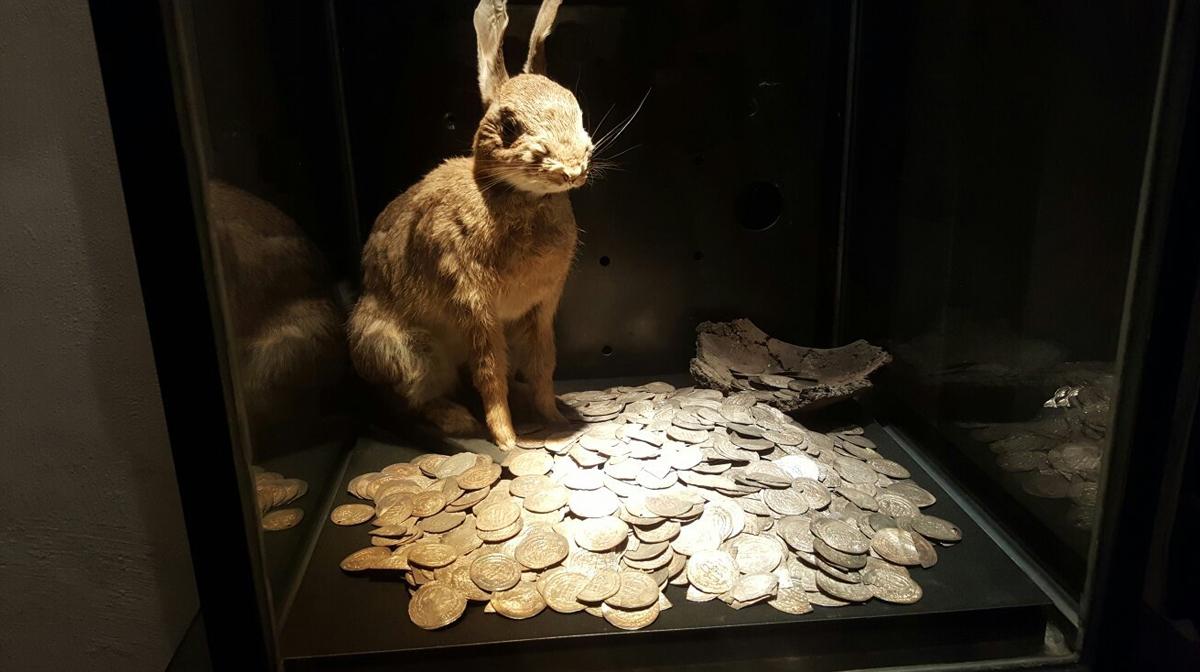Сокровища из найденных кладов викингов