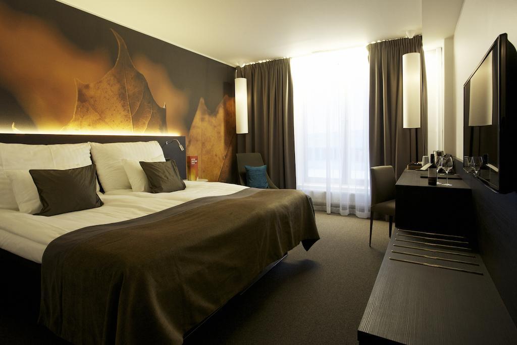 Номер в 4* отеле Clarion Hotel Sense