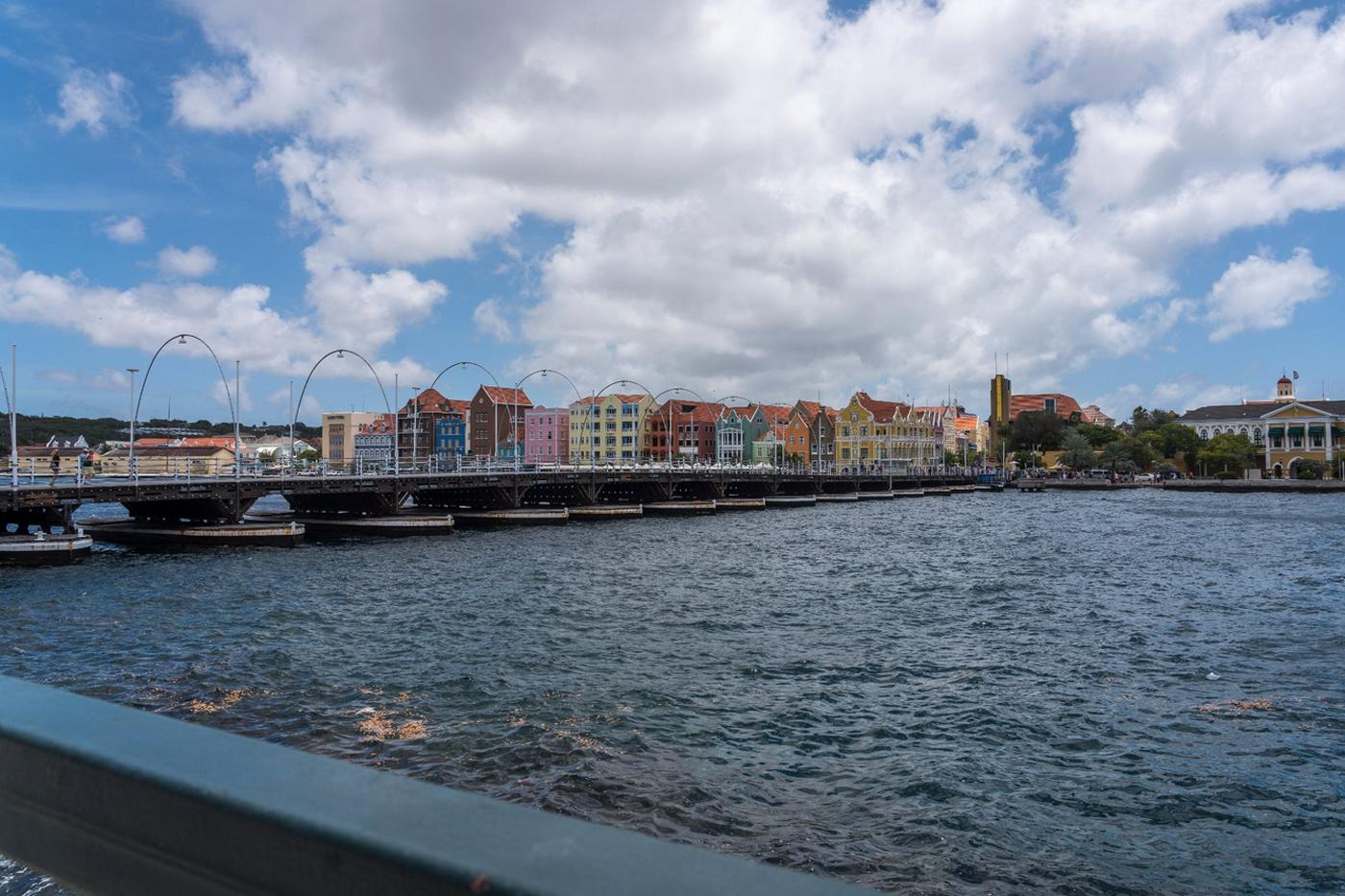 Понтонный мост королевы Эммы