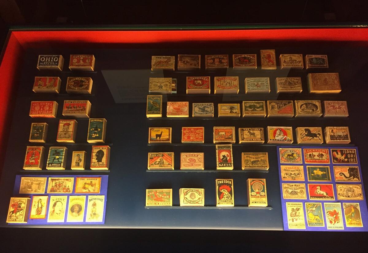 Разные марки спичек