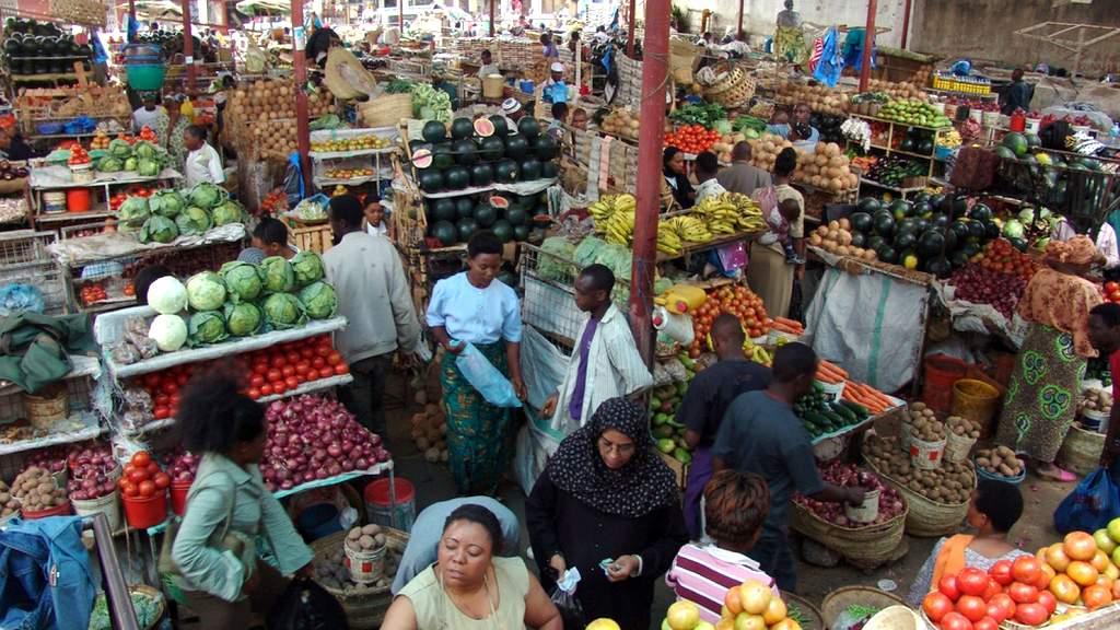 Обязательно посетите рынки