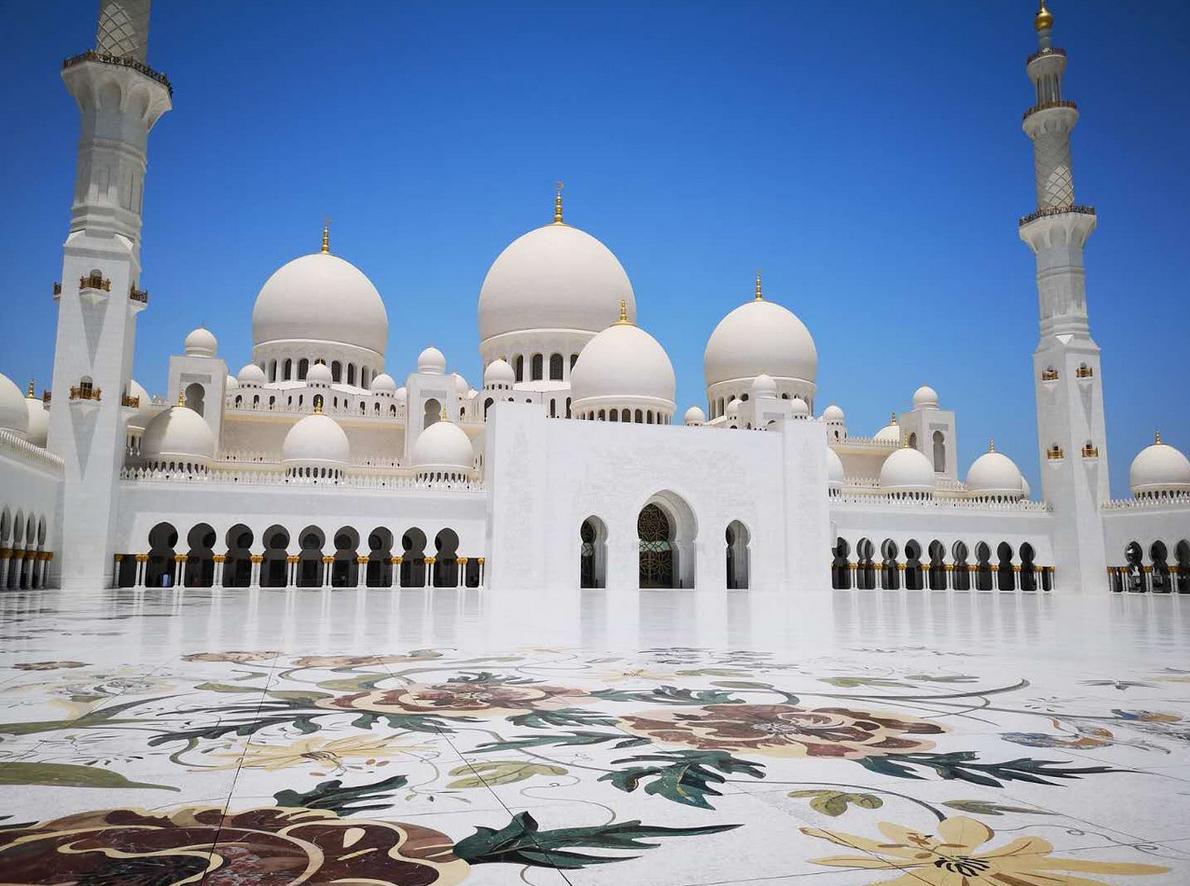 белая мечеть дубай фото