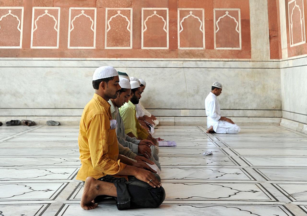 Жители Дубая исповедуют ислам