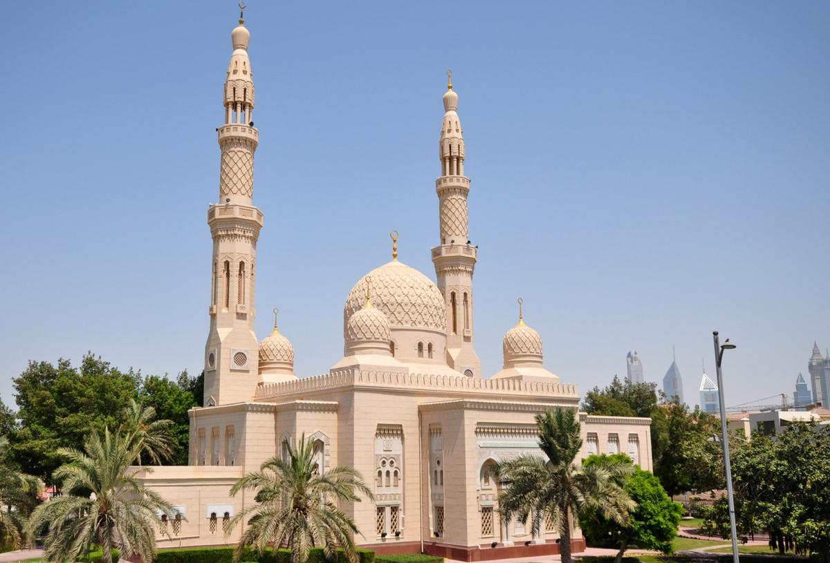Мечеть Джумейра в районе Jumeirah