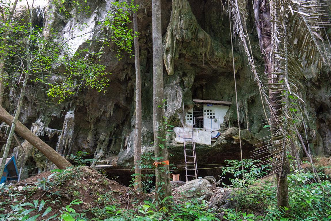 Типичный домик монаха