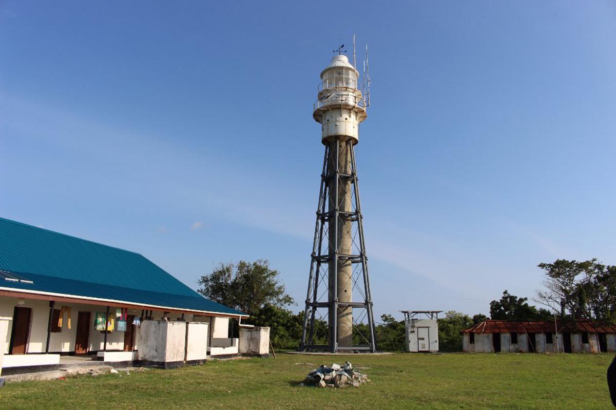 На крайней северной точке острова действует маяк