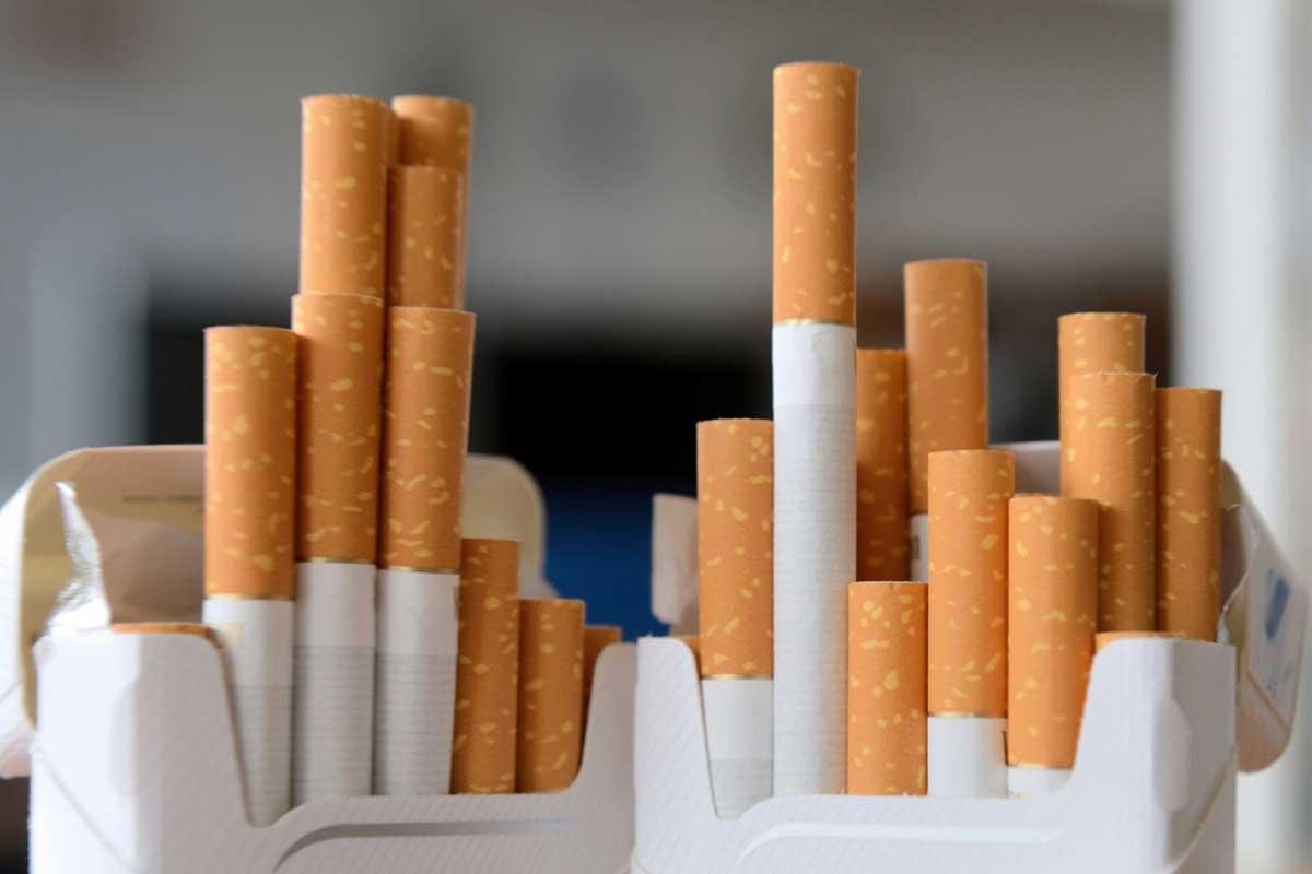 В Дубай можно завезти сигареты