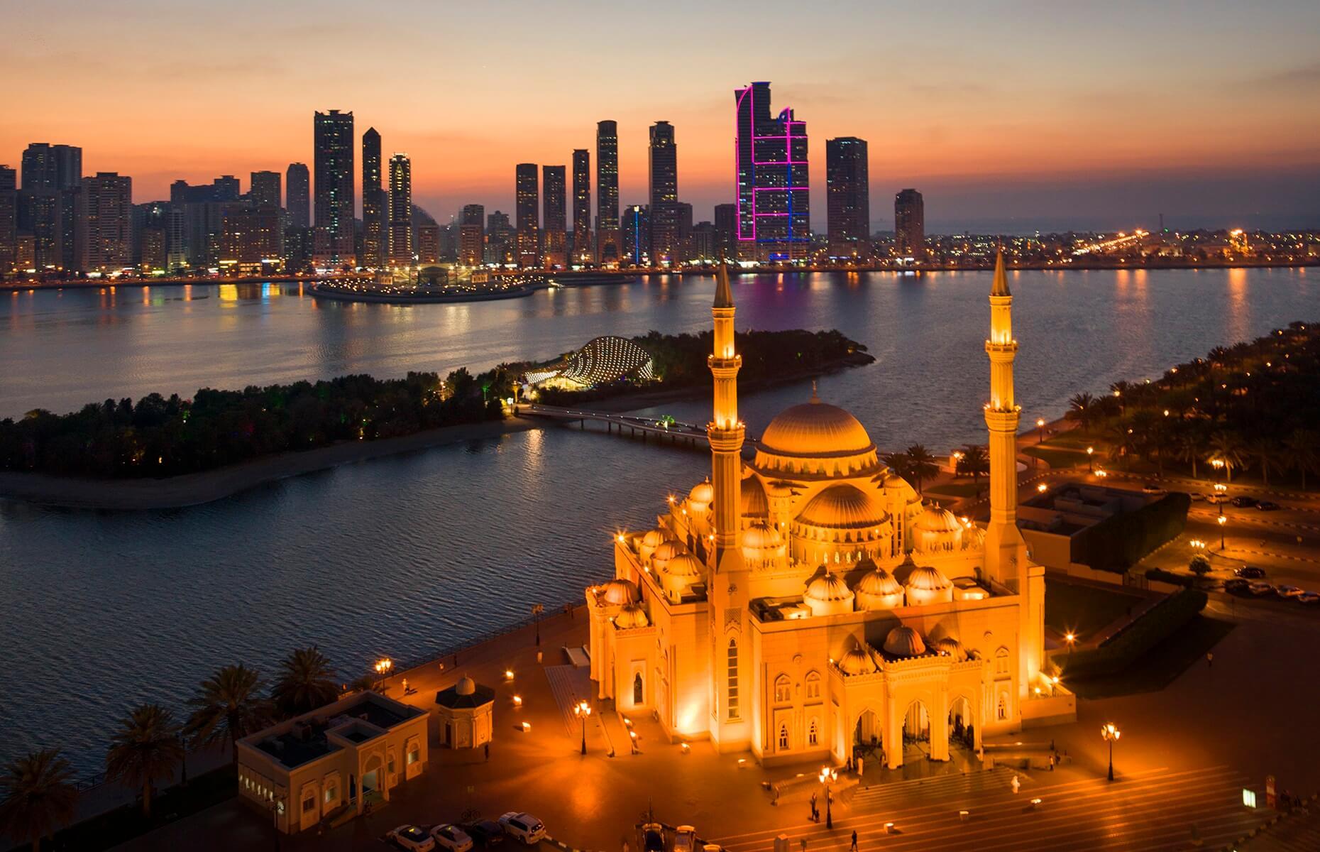 Ночная мечеть Аль Нур