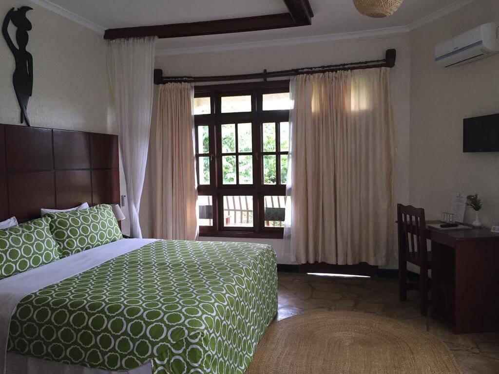 Номер в 3* отеле Arusha Planet Lodge