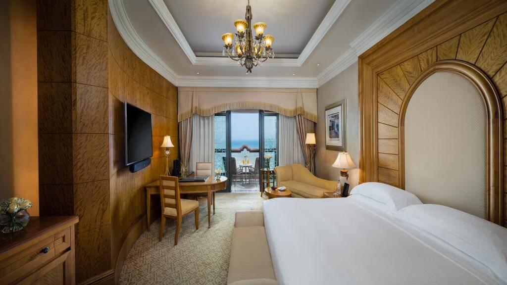 Номер в отеле Emirates Palace Hotel