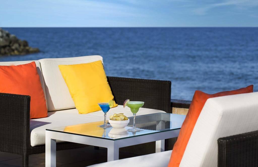 Если нужен алкоголь на столе - Hilton Fujairah Resort