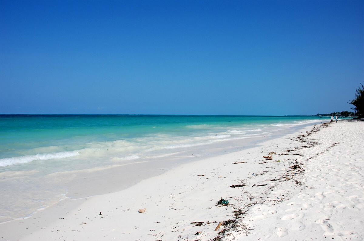 Пляж Jambiani Beach