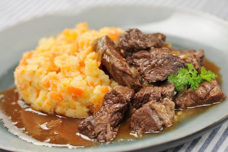 Hutspot - гарнир с мясом