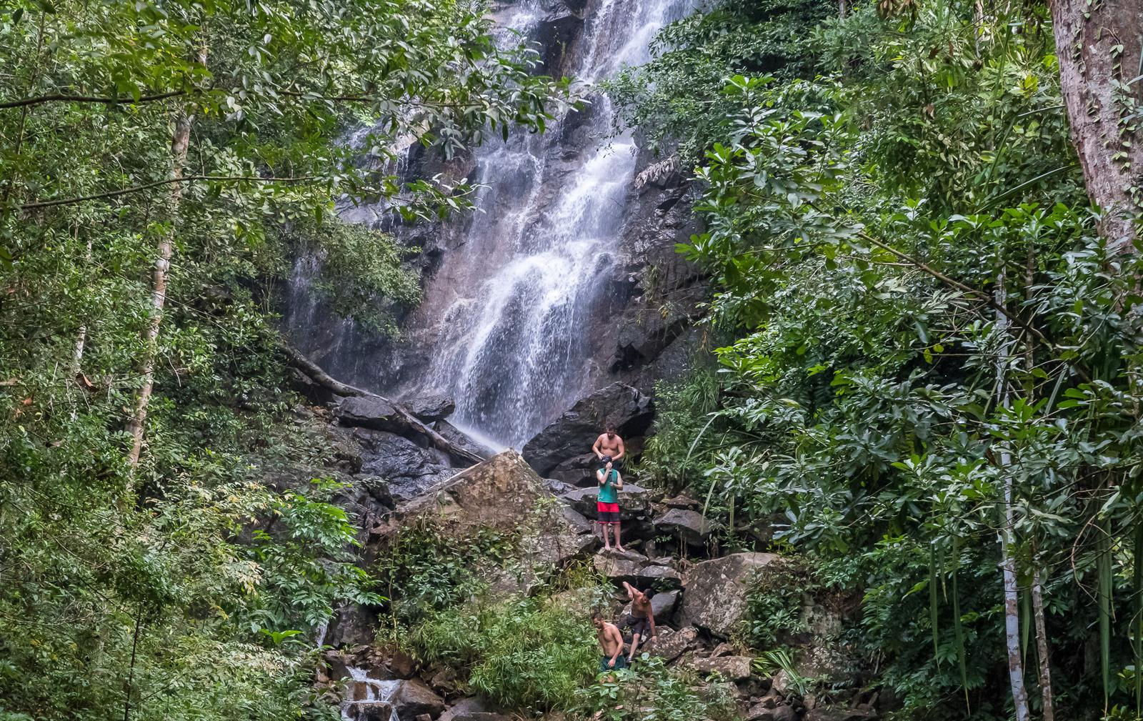 Водопад Пхаенг