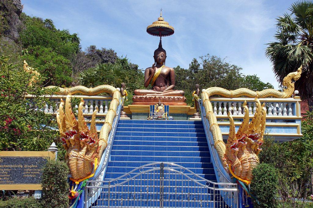 Храм Cha Am Khiri