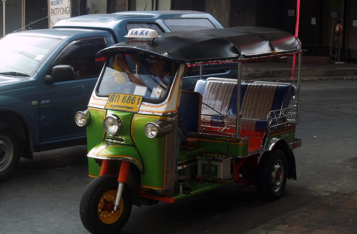 Так выглядит тук-тук в Бангкоке