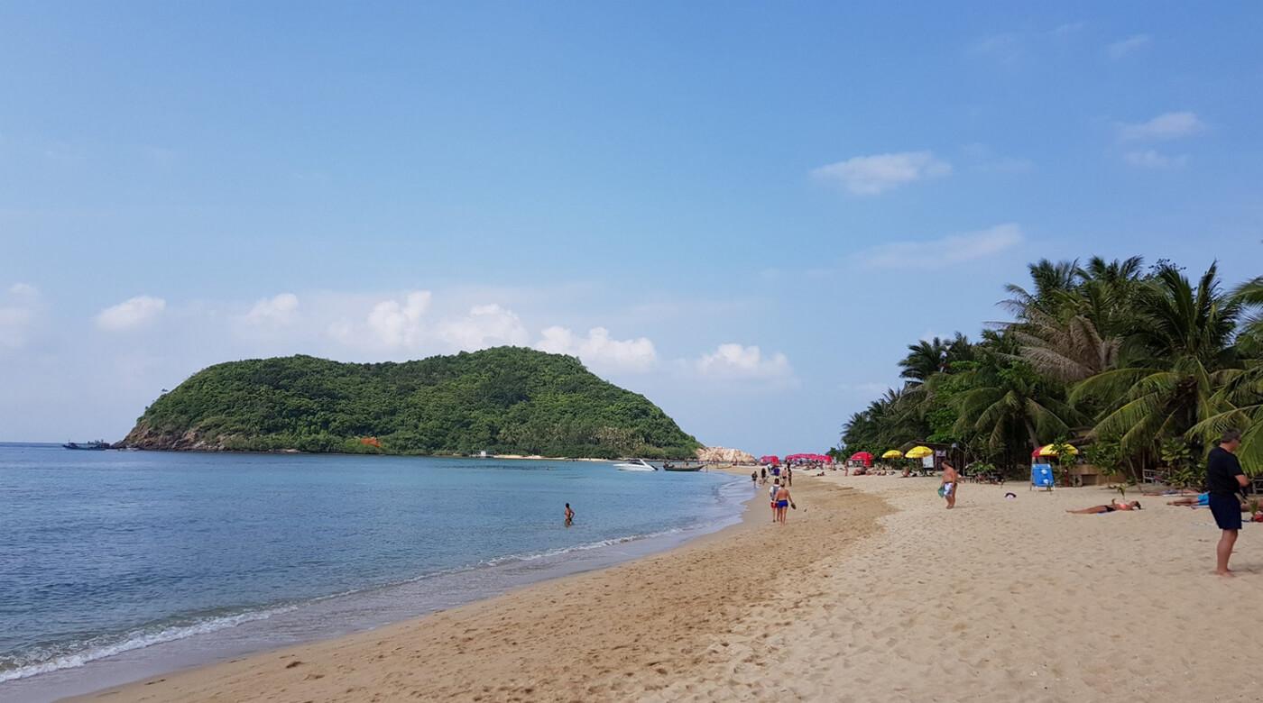 Пляж Мае Хаад