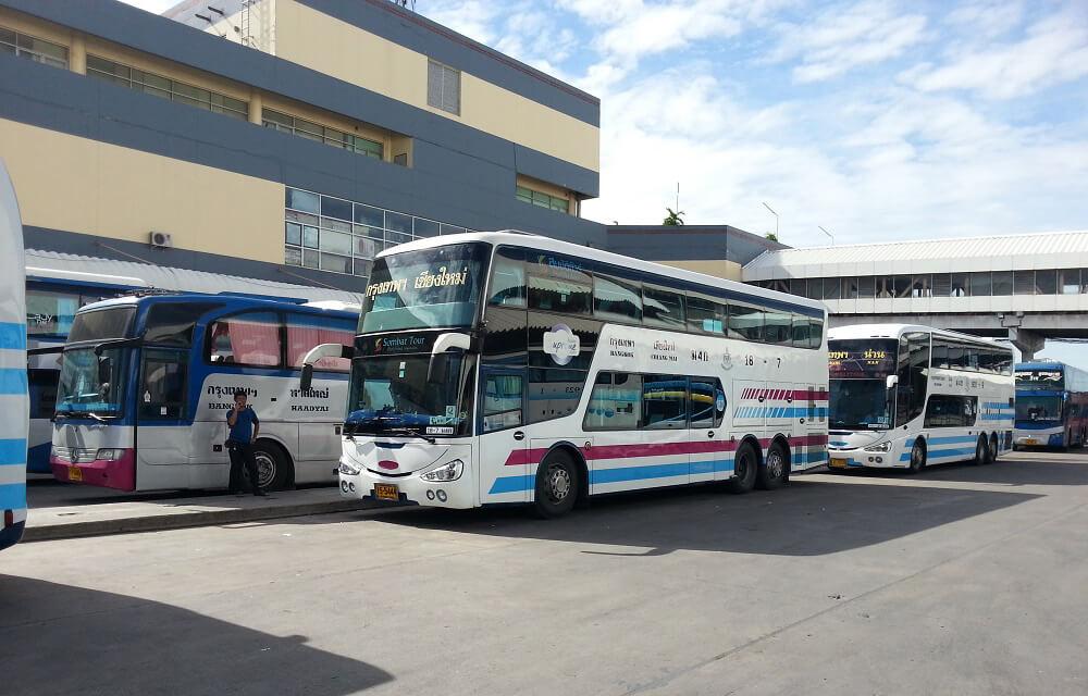 На автобусе с Автовокзала Бангкока