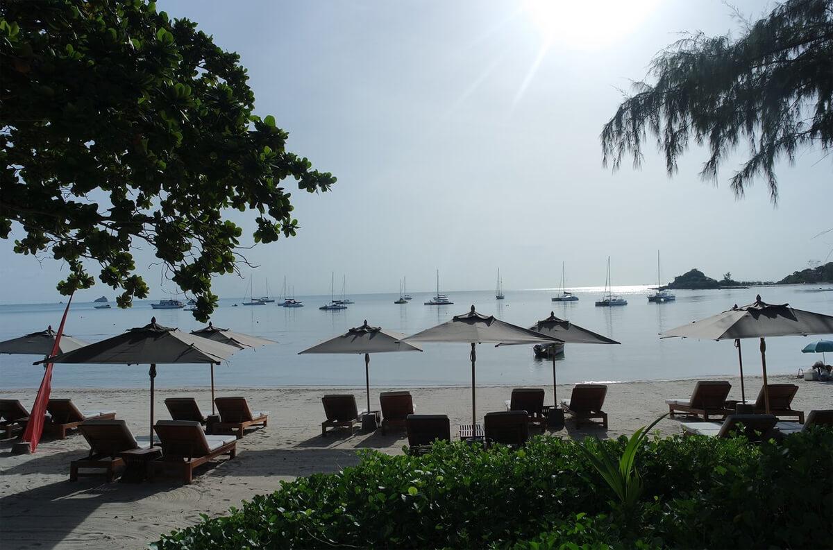 Пляж при отеле SALA Samui Choengmon Beach