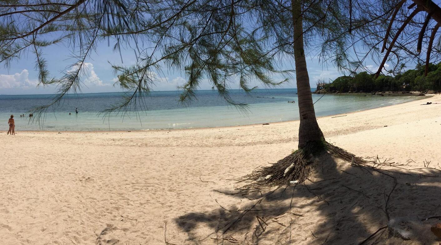 Тени на пляже Хаад Сон достаточно