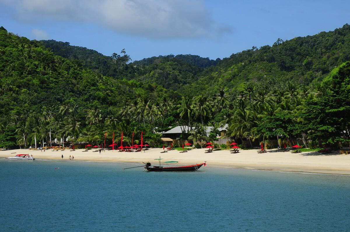 Пляж Ао Тонг Най Пан Ной